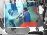 Video : थानेदार पर ढाबा मालिक की पिटाई का आरोप, वीडियो वायरल होने के बाद सस्पेंड