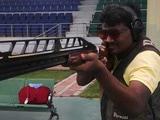 Video : बिहार रोड रेज केस : सुप्रीम कोर्ट से जमानत रद्द होने के बाद रॉकी यादव ने किया सरेंडर
