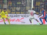 Video : ISL 2016: Delhi Dynamos Hand FC Goa Another Home Defeat