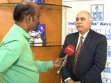 Videos : 500 के नोट कम लेकिन तनख्वाह बांटने में कोई परेशानी नहीं : IBA प्रमुख राजीव ऋषि