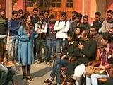Video: पक्ष-विपक्ष : नोटबंदी पर क्या है अलीगढ़ मुस्लिम यूनिवर्सिटी के छात्रों की राय?