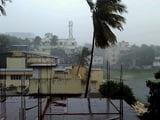 Video : Cyclone Vardah Strikes Near Chennai, 16,000 Evacuated, 4 Dead