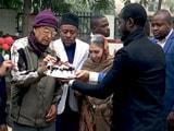 Video : दिल्ली में विदेशी छात्रों ने ओल्ड एज होम में बुजुर्गों के साथ मनाया क्रिसमस