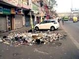 Video : नहीं खत्म हुई सफाईकर्मियों की हड़ताल, पूर्वी दिल्ली में कूड़े का लगा अंबार