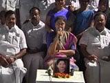 Video : Ahead Of Supreme Court Ruling, Sasikala Sleepover At MLA Camp