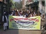 Video : गोरखपुर में बुनकरों ने किया चुनाव बहिष्कार का ऐलान, नेताओं की एंट्री बैन की