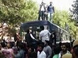 Video: MoJo@7: दिल्ली के कॉलेज में AISA और ABVP से जुड़े छात्रों में भिड़ंत