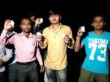 Videos : गुजरात: बीजेपी अध्यक्ष अमित शाह के काफिले पर अंडों की बौछार