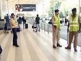 Videos : हाइजैक की आशंका के बाद देश के तीन एयरपोर्ट पर सुरक्षा बढ़ाई गई