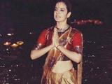 Video : Kangana Ranaut Takes Dip In The Ganga, Performs Aarti In Varanasi