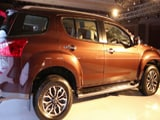 Isuzu MU-X First Look
