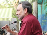 Video : If You Crawl, They Will Come For You, So Stand Up: Prannoy Roy on NDTV Raids