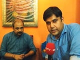 Video : दिलीप पांडे ने कुमार विश्वास से पूछा - वसुंधरा पर हमले क्यों नहीं?