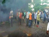 Video : Farmers Protest Near Thane, Block Highway, Cops Injured In Clash