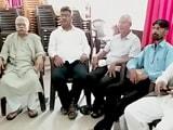 Video: बड़ी खबर : लखनऊ प्रेस क्लब में दलित कार्यकर्ताओं को किया गया गिरफ्तार