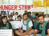 Video : IIT Bombay Students Suspend Hunger Strike After Director Promises Fee Cut