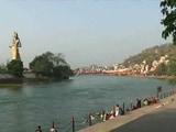 Video: MoJo: गंगा के किनारे कचरा फेंकने पर लगेगा 50 हज़ार का जुर्माना