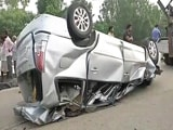 Video : एन एच 24 पर भीषण सड़क हादसा, 5 की मौत