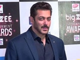 Video : Don't Miss! Salman's Red Carpet Swag