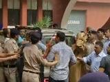 Video: इंडिया 8 बजे : अपहरण की कोशिश की धाराएं लगने के बाद विकास बराला गिरफ़्तार