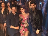 Video : Jacqueline & Aditya Walk the Ramp for Manish Malhotra At LFW Finale
