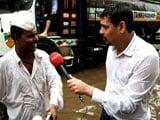 Video : Mumbai Dabbawalas, Undeterred By Rain