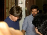 Video : Shah Rukh Khan Spotted With Filmmaker Kabir Khan