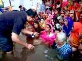 Video: इंडिया 9 बजे: मेधा पाटकर ने सहयोगियों संग जल सत्याग्रह शुरू किया