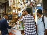 Video: नोटबंदी के मारे GST से हारे : व्यापार में फ़ायदा या नुकसान?