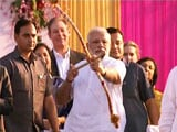 Video : Bow Fails, PM Modi Throws Arrow At Ravana With A Smile. Watch