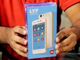 Video : Reliance's Rs. 2,692 4G Smartphone: Unboxing & First Look