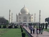 Video : इंडिया 7 बजे: ताज महल पर संगीत सोम के बयान से पैदा हुए विवाद में आजम खान भी कूदे