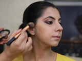 Video : Beauty Tips: Step Up Your 9-5 Office Make-Up (..And It Doesn't Take Forever)