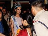 Video : Miss World Manushi Chhillar Returns, Receives Grand Welcome In Mumbai