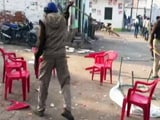 Video : यूपी निकाय चुनाव: बाराबंकी में वोटरों पर पुलिस ने किया लाठीचार्ज