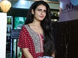 Video : Fatima Sana Shaikh Snapped Outside A Salon