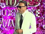 Video : Jackie Shroff Looks Dashing, Entertains The Media In His Unusual Style