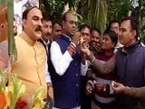 Video : BJP Heads For Victory Gujarat. <i>Dhokla</i>, <i>Faafda</i> For Workers In Bhopal