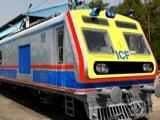 Video : मुंबई में आज से एसी लोकल ट्रेन