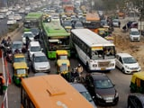 Video : दिल्ली में जाम से छुटकारा नहीं, लाजपत नगर फ्लाइओवर पर चल रहा काम