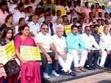 Video : कर्नाटक में नेताओं ने कसी कमर, बीजेपी-कांग्रेस दोनों सक्रिय