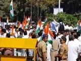 Video : विपक्ष की 'संविधान बचाओ' रैली के जवाब में बीजेपी की 'तिरंगा' रैली