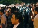 Video: इंडिया 7 बजे : राजघाट पर आईएस अधिकारियों का कैंडल मार्च