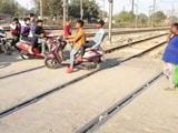 Video : पटेल नगर में मौत का फाटक!
