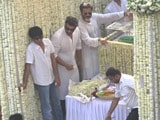 Video : Sridevi's Colleagues, Fans Bid Her An Emotional Farewell