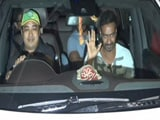 Video: Ajay Devgn Mobbed By Fans After The Screening Of <i>Raid</i>