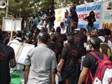 Video : अब सड़क पर उतरे बैंक कर्मी