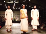 Video : <i>Khadi</i> Fabric Is Being Reinvented By Indian Fashion Designers