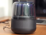 Video : Harman Kardon Allure Smart Speaker Powered By Alexa Review
